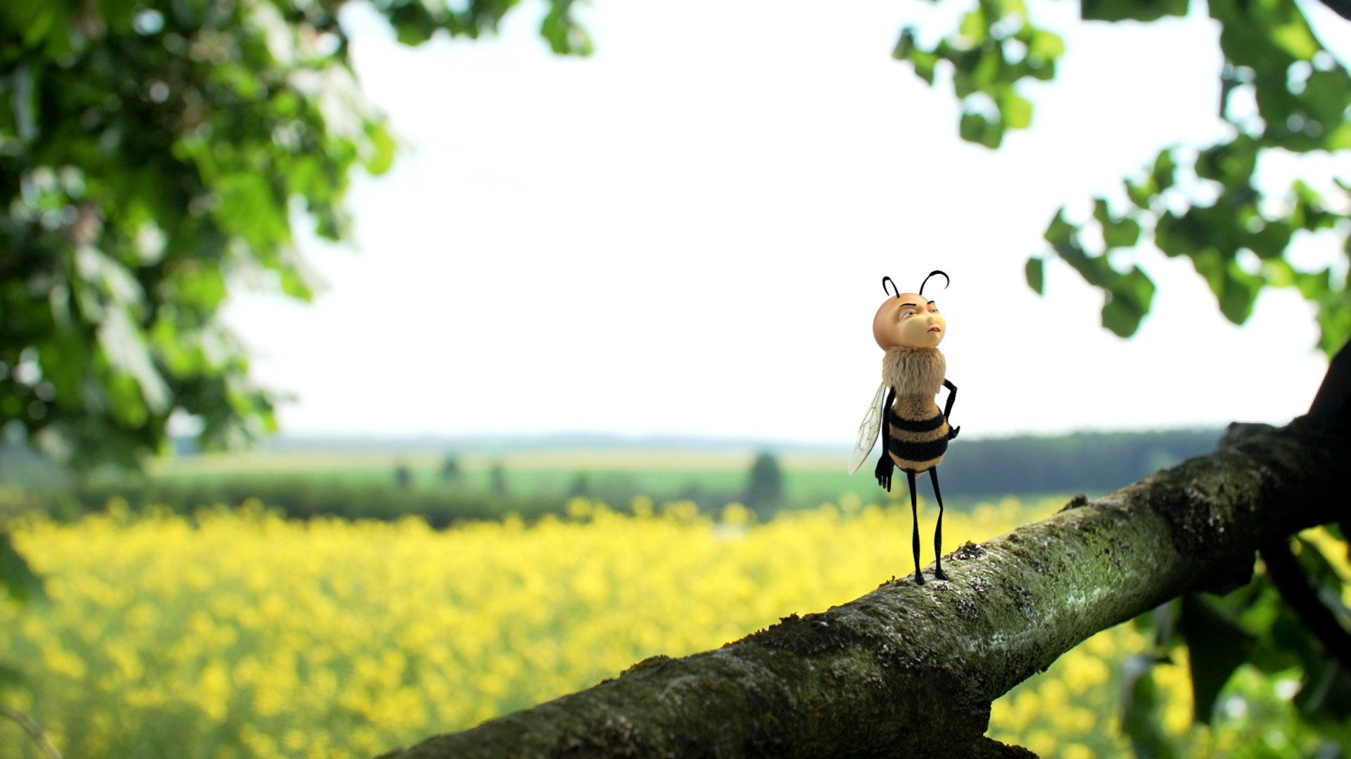 Bee_Shot_005